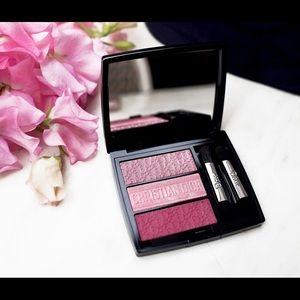 Dior   Limited Edition - Eyeshadow 853 Rosy Canvas